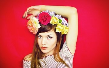 flowers, hand, girl, background, portrait, roses, look, red, model, face, makeup, wreath, red background, redhead