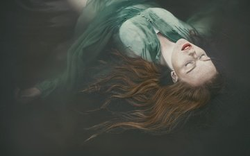 girl, hair, makeup, closed eyes, in the water, green dress, ophelia