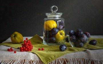 фрукты, салфетка, банка, натюрморт, калина, слива, айва