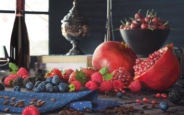 малина, лето, фрукты, клубника, ягоды, вишня, черника, шоколад, натюрморт, ежевика, гранат