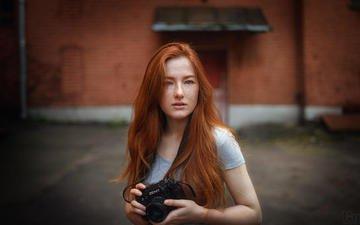девушка, взгляд, фотоаппарат, волосы, лицо, веснушки, рыжеволосая, мэри, d bond