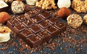 орехи, конфеты, шоколад, сладкое