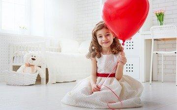 улыбка, взгляд, девочка, волосы, лицо, ребенок, воздушный шарик