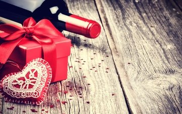 heart, wine, bottle, gift, bow, wooden surface
