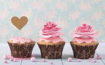 розы, сердечко, сладкое, украшение, выпечка, десерт, кексы, крем, капкейки