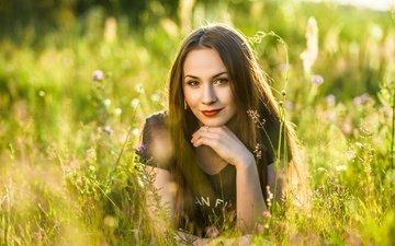 grass, the sun, nature, greens, pose, smile, brunette, summer, lies, glade, makeup, bokeh