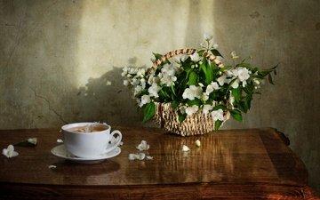 цветы, лепестки, стол, корзина, чашка, чай, жасмин