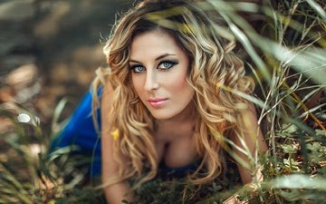 grass, girl, blonde, look, hair, face, makeup, curls, stephanos georgiou, mircheto ignatova