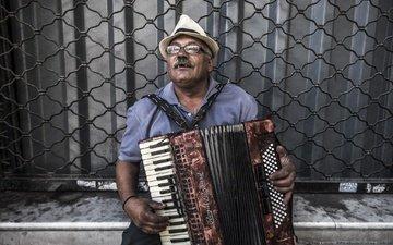 взгляд, очки, улица, лицо, мужчина, шляпа, музыкант, аккордеон