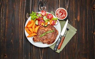 вилка, овощи, мясо, нож, салфетка, тарелка, помидоры, соус