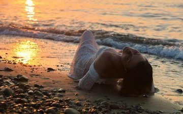 sunset, girl, mood, sea, pose, white dress, pebbles, closed eyes