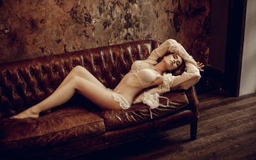 girl, brunette, model, sofa, bra, ilya novitsky, ellina myuller