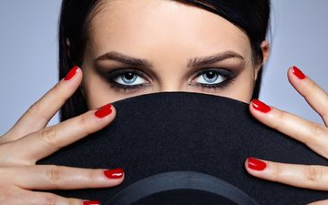 девушка, брюнетка, взгляд, модель, волосы, лицо, шляпа, маникюр