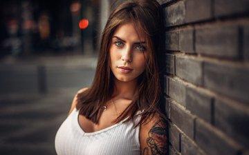 девушка, портрет, стена, модель, лицо, татуировка, кирпичи, ожерелье, длинные волосы, мартин кюн, marlen valderrama alvarez
