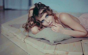 девушка, взгляд, модель, волосы, лицо, фотосессия, шатенка