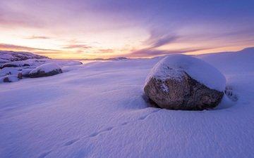 снег, природа, зима, пейзаж, камень, следы