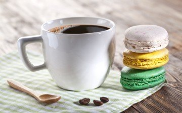 кофе, чашка, чай, кофейные зерна, десерт, макаруны