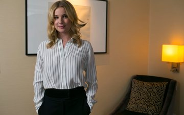 girl, blonde, look, hair, face, actress, celebrity, emily vancamp, toronto star