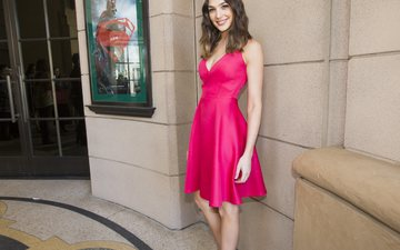 girl, smile, look, hair, face, actress, figure, pink dress, gal gadot