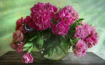 цветы, бабочка, ваза, аквариум, столик, пионы