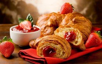 strawberry, jam, croissant