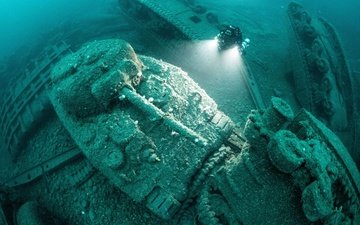 tanks, the wreck, sherman