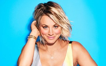 girl, smile, look, hair, face, actress, celebrity, kaley cuoco