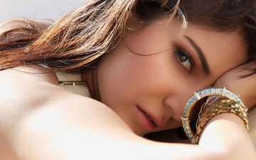 girl, look, model, hair, face, actress, bracelets, anushka sharma