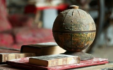 vintage, books, globe