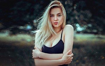 девушка, блондинка, взгляд, волосы, лицо, боке, декольте, kirill bukrey