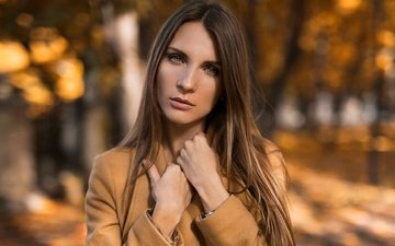 trees, the sun, girl, background, portrait, autumn, makeup, hairstyle, brown hair, coat, bokeh