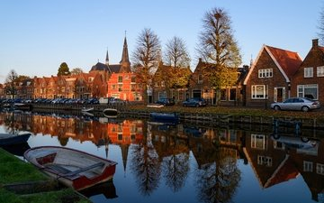 trees, water, the evening, the sun, reflection, autumn, boats, channel, home, machine, river, netherlands, monnickendam