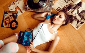 mood, pose, shorts, music, lies, model, vinyl, phone, tube, makeup, hairstyle, player, mike, records, brown hair, bella, knee, on the floor, magazines, martin rößler