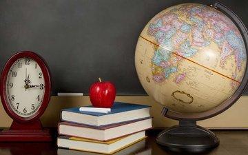 доска, книги, часы, яблоко, глобус, мел, учебники