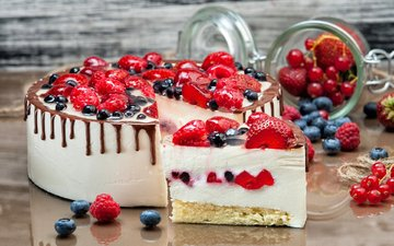 raspberry, strawberry, berries, blueberries, sweet, cake, dessert, currants