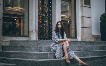 steps, girl, brunette, the city, look, glasses, model, hair, face, igor rybka