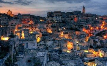 ночь, огни, италия, городской пейзаж, матера, темно