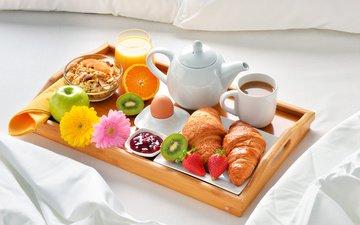 фрукты, кофе, завтрак