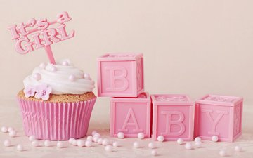 pink-delicate-baby-cupcake