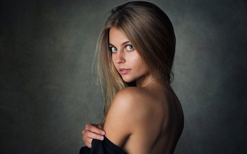 girl, blonde, portrait, look, model, hair, face, posing, simple background, bare shoulders, sean archer