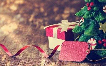новый год, елка, доски, свеча, подарок, праздник, рождество, коробка, декор