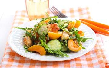 курица, салат, абрикосы, огурцы, руккола