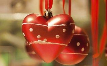 новый год, рождество, елочные игрушки, сердечки