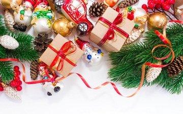 новый год, хвоя, подарки, шарики, ленточки, игрушки, рождество, шишки, снеговики, елочные игрушки, машинка