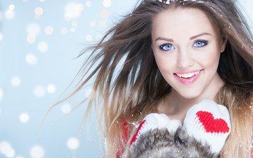 девушка, снежинки, улыбка, портрет, взгляд, модель, волосы, лицо, варежки