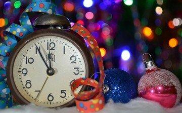 снег, новый год, шары, часы, блики, лента, праздник, декор