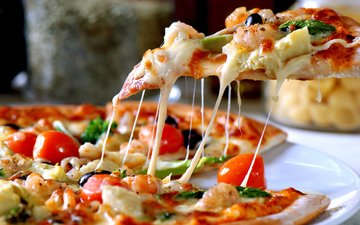 cheese, vegetables, pizza