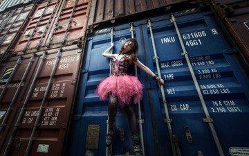 девушка, поза, модель, контейнеры, шатенка