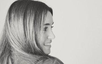 девушка, улыбка, взгляд, чёрно-белое, модель, профиль, волосы, лицо, eleniistalikakii
