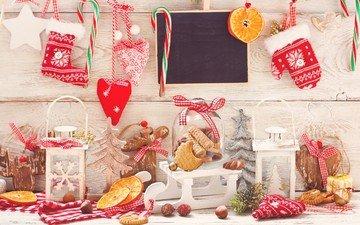фонари, снег, новый год, шары, украшения, орехи, апельсины, рождество, сердечки, печенье, леденцы, сапожок, елочные украдения